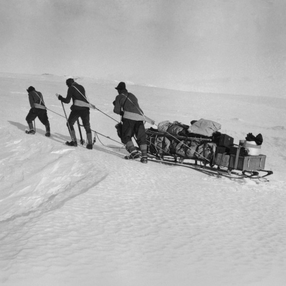 Man-hauling during Robert Falcon Scott's Expedition